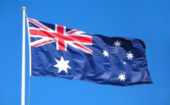 australia-flag-696×435